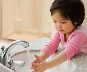 Rửa tay giúp phòng bệnh tiêu chảy cấp, rua tay de phong benh tieu chay cap