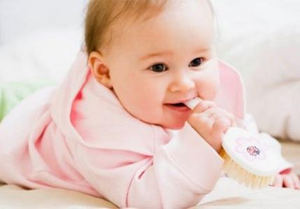 Biểu hiện khi bé mọc răng, bieu hien khi be moc rang