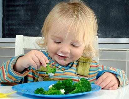 Cách giúp bé thích ăn rau nhiều hơn, cach giup be thich an rau nhieu hon
