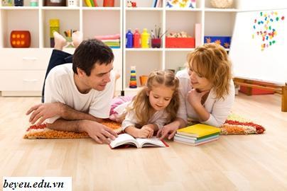 Tạo sự thu hút giúp bé thích đọc sách, tao su thu hut de be yeu sach