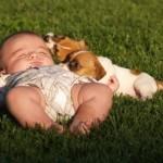5 điều mẹ cần biết khi tắm nắng cho trẻ