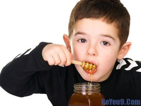 Những nguyên nhân chủ yếu khiến trẻ mắc bệnh do  vi khuẩn Clostridium botulinum