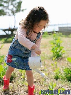 Lý do quan trọng khi cho trẻ làm vườn bố mẹ nên biết
