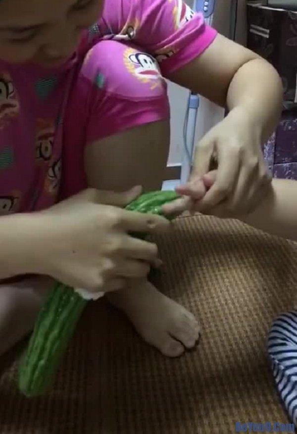 Trẻ mút tay phải làm gì? Bí quyết giúp trẻ từ bỏ thói quen mút tay